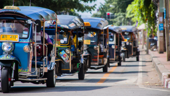 taxi line up in chiang mai